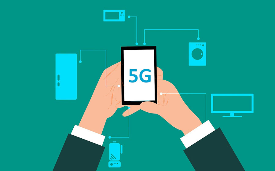 Technical Analyst: Big Move Expected on 5G Semiconductor Firm