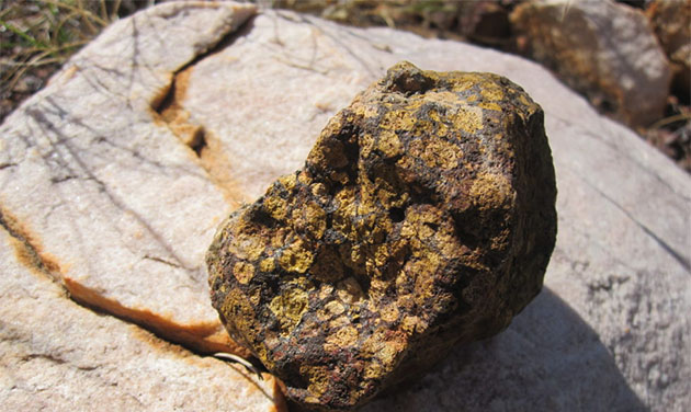 is diamond an igneous rock